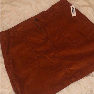 Old Navy rust orange skirt!